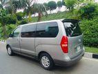 Hyundai H1 Luxury Version 2013