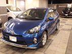 Toyota Aqua S SMART NTB 2013