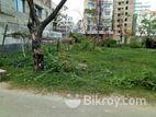 (I Block)- Awesome location South Facing @Bashundhara 4 Katha plot.