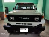 Toyota Land Cruiser 1990