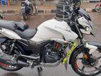 Hero Hunk motorbike 2018