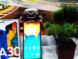 Samsung Galaxy A30 64 GB (Used)