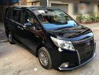 Toyota Esquire Xi Black 2014