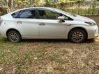Toyota Prius Hybrid 2014